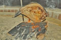 المسكوف -سمك على الحطب