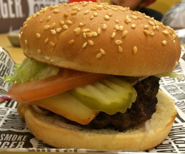 كلاسك برجر - بيج سموك برجر Bigsmokeburger,