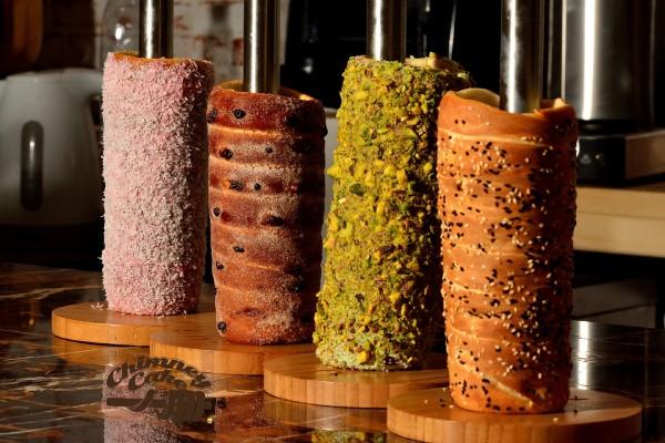 6 - تشيمني كيك Chimney Cake,