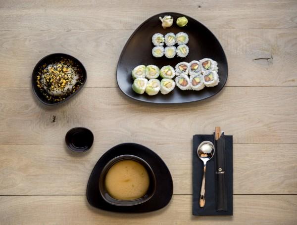 أبحر مع هذه الوجبة الغنية والطعم الشهي والمحضر بوصفات مميزة من سوشي آرت - سوشي آرت Sushi Art,