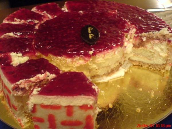 شيز كيك - حلويات سعد الدين Saadeddin Sweets,