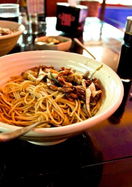 تبينياكي اللحم بالشعيرية - شانغهاي كافيه Shanghai Cafe,