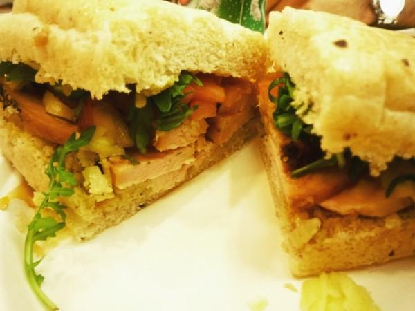 دجاج رومي و صلصة الكرز - Deli EXPRESS,