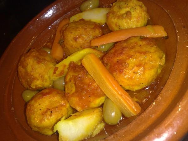 دجاج مفروم مكور - الضيافه المغربي,
