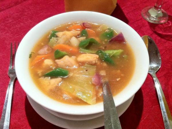 مرقة الدجاج والخضار الصينية - شولي الهندي sholay,