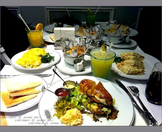 سفرهـ كامله - رياض كتشن أبيتيت  Riyadh Kitchen Appetite,