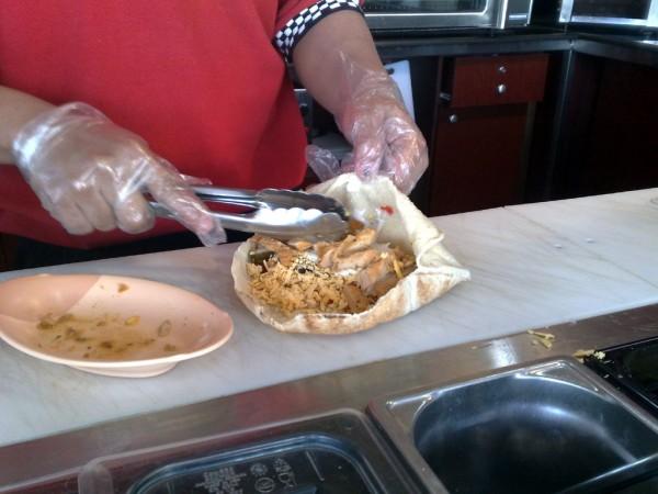 ساندويش دجاج - ميجا رابس Mega Wraps,