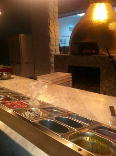 طاولة تجهيز البيتزا - روسوبومودورو Rossopomodoro,
