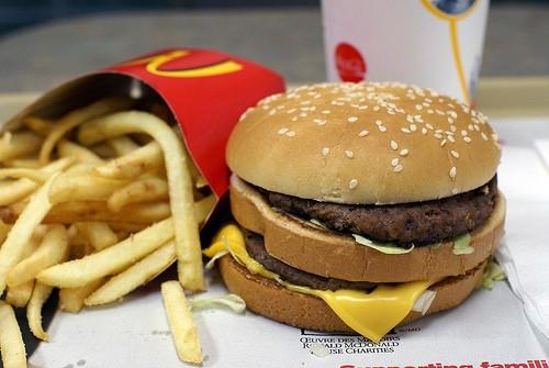 2571776660_95c63814b2.jpg - ماكدونالدز McDonald's,