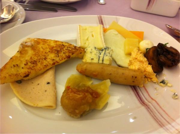 الطبق - الأرجوان  AlOrjouan (فندق الريتزكارلتون),