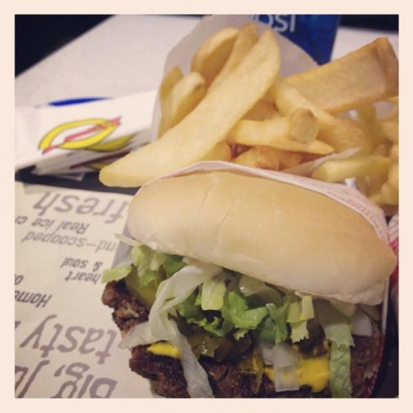 - فات برجر Fat Burger,
