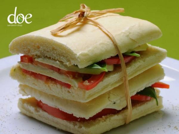 ساندويشات - دو ساندويش شوب Doe Sandwich Shop,