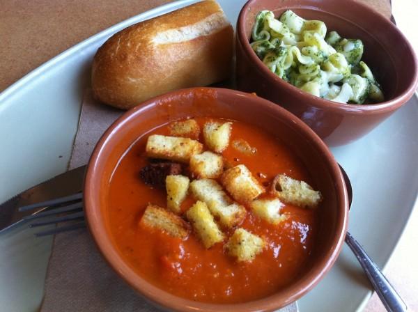 شوربة طماط و باستا - Panera bread,